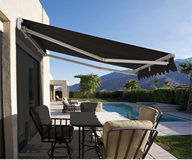 High Quality A RETRACTABLE AWNING OFFERS: